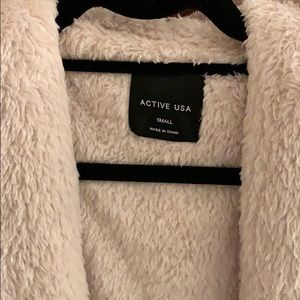 Active USA Sweaters - Over sized fuzzy vest with hood